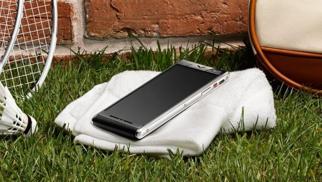 Android-смартфон Aster от Vertu