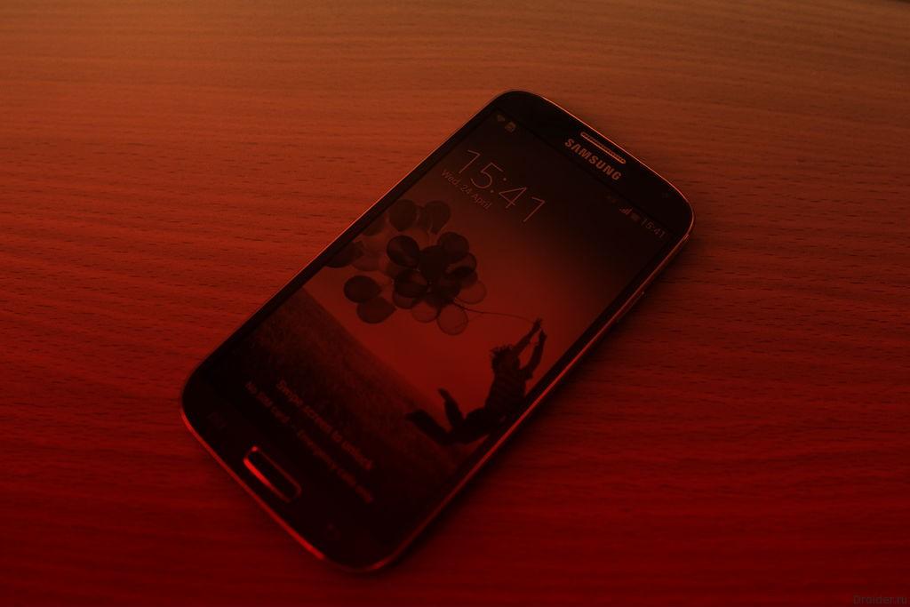 Смартфон Galaxy S4 от Samsung