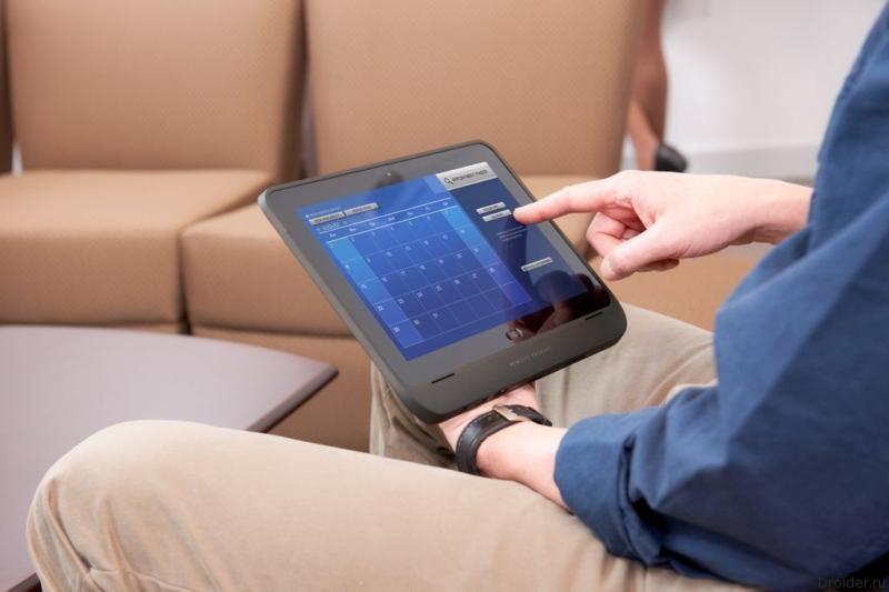 Компании сокращают производство планшетов