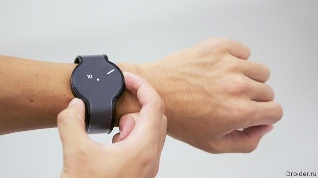 «Бумажные» смарт-часы от Sony засветились на видео