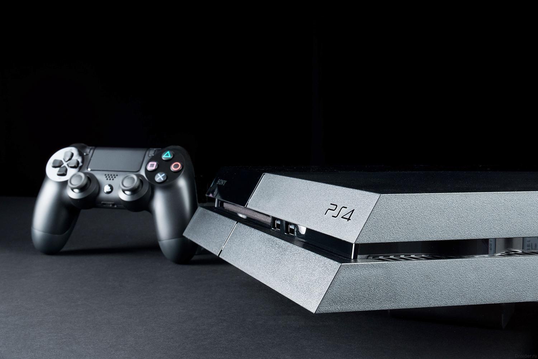 PlayStation 4 Slim может выйти в 2015 году