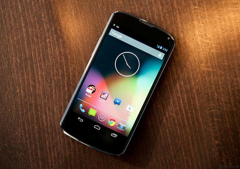 Смартфон Nexus 4 от LG и Google