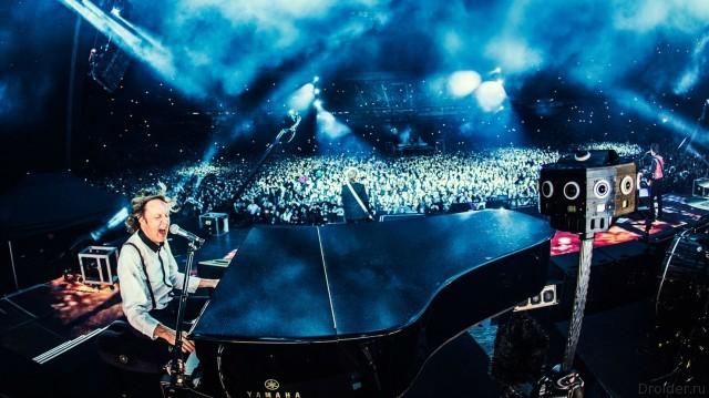 На концерте Пола Маккартни можно побывать не выходя из дома