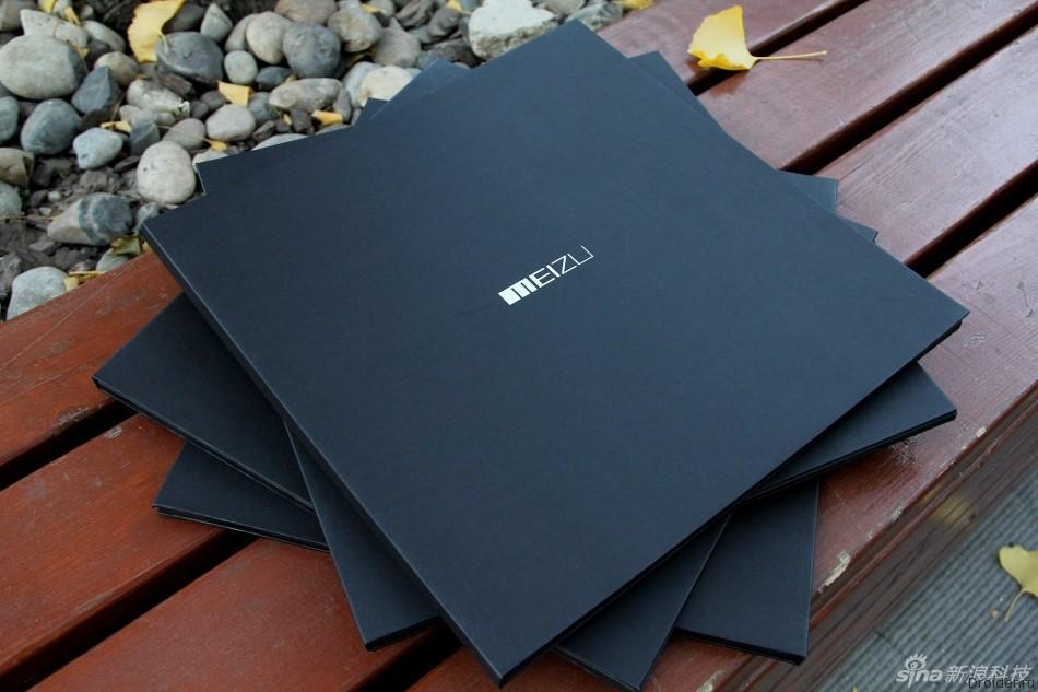 Приглашение на мероприятие Meizu в виде пластинки