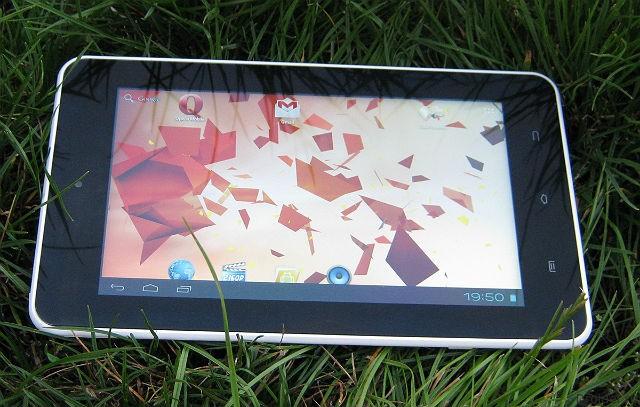 Планшеты Explay стали популярнее iPad в России