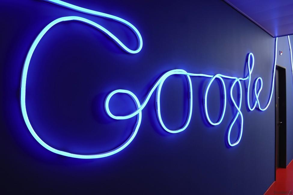 Google планирует стать мобильным оператором