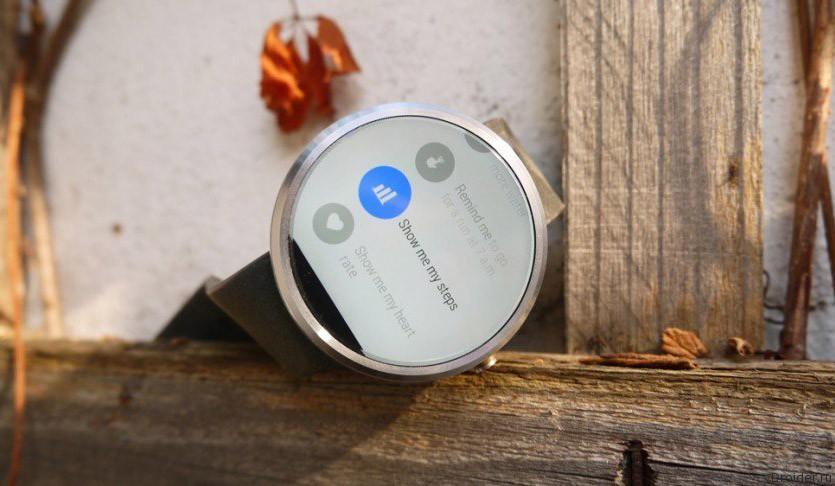 Смарт-часы Moto 360 совместили с iPhone