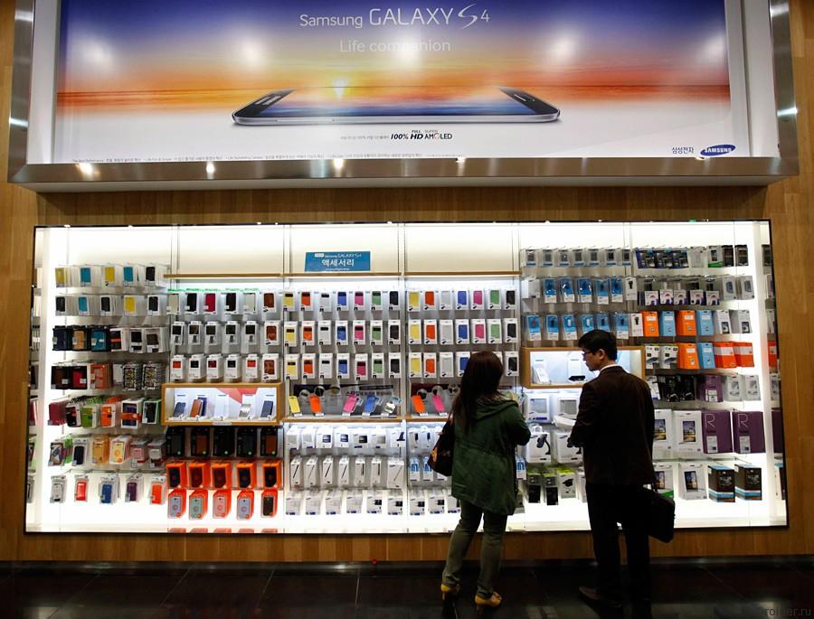 Российские ритейлеры отказываются от смартфонов Samsung