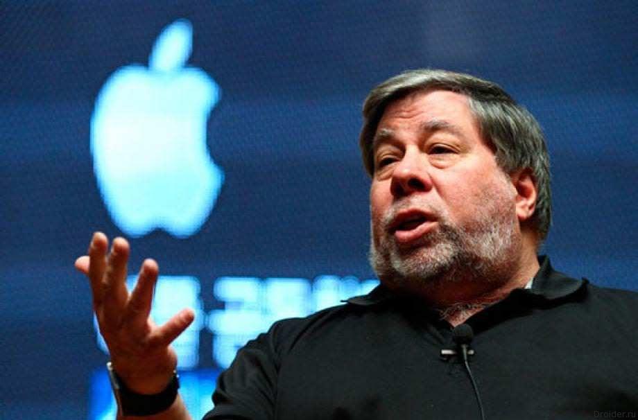 Стив Возняк и Apple