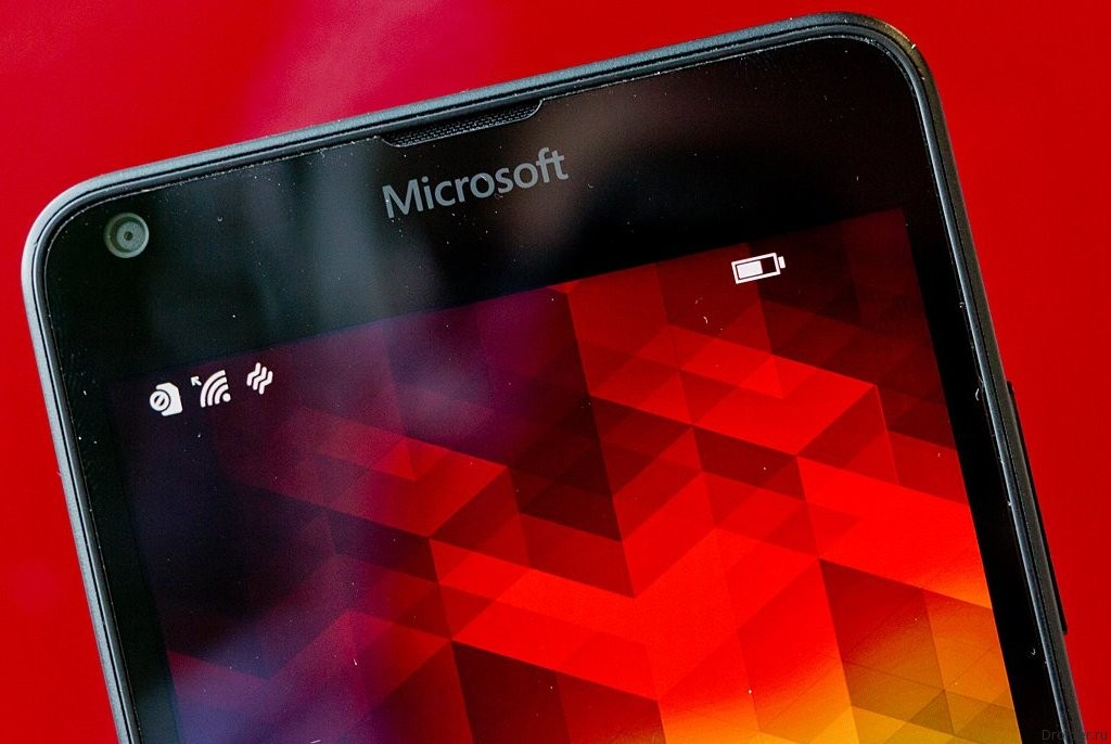 Microsoft прекращает продажу Lumia в России