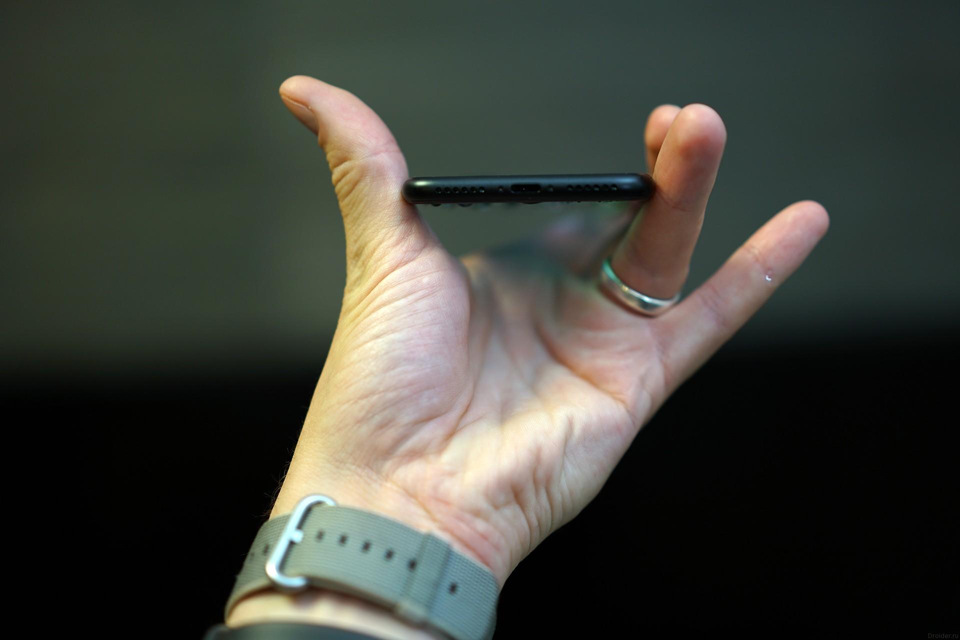 Торец iPhone 7