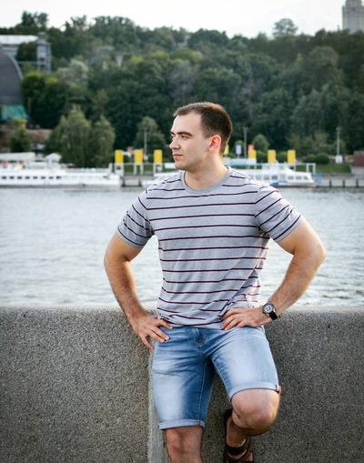 Дмитрий Тинаев
