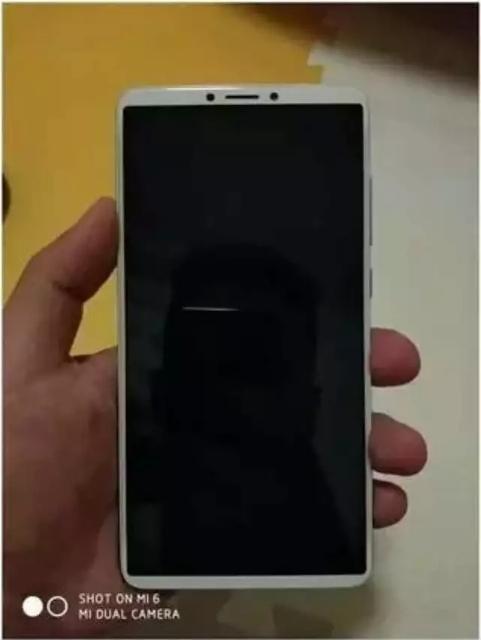 Redmi Note 5 впервые на фотографиях