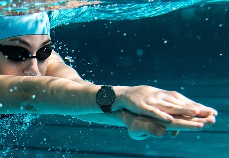 Watch S от Lenovo — стальные и «умные»