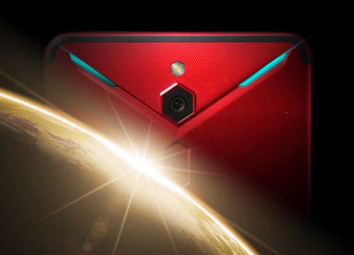 ZTE немножко анонсировала игровой Nubia Red Devil