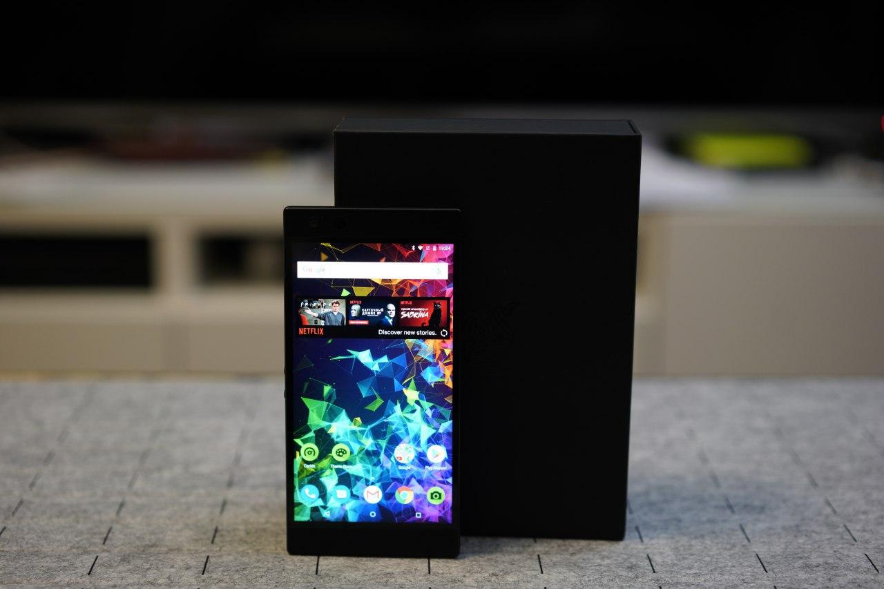 Знакомство с игровым Razer Phone 2 | Видеообзор