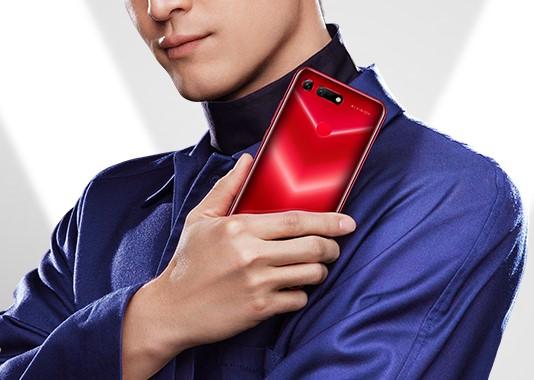 Honor V20 от Huawei — перфорация экрана и 3D-камера