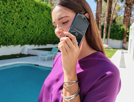 Motorola RAZR 5G: Обновлённая культовая раскладушка