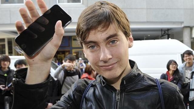 Джек Кукси и iPhone 6. 2014 год