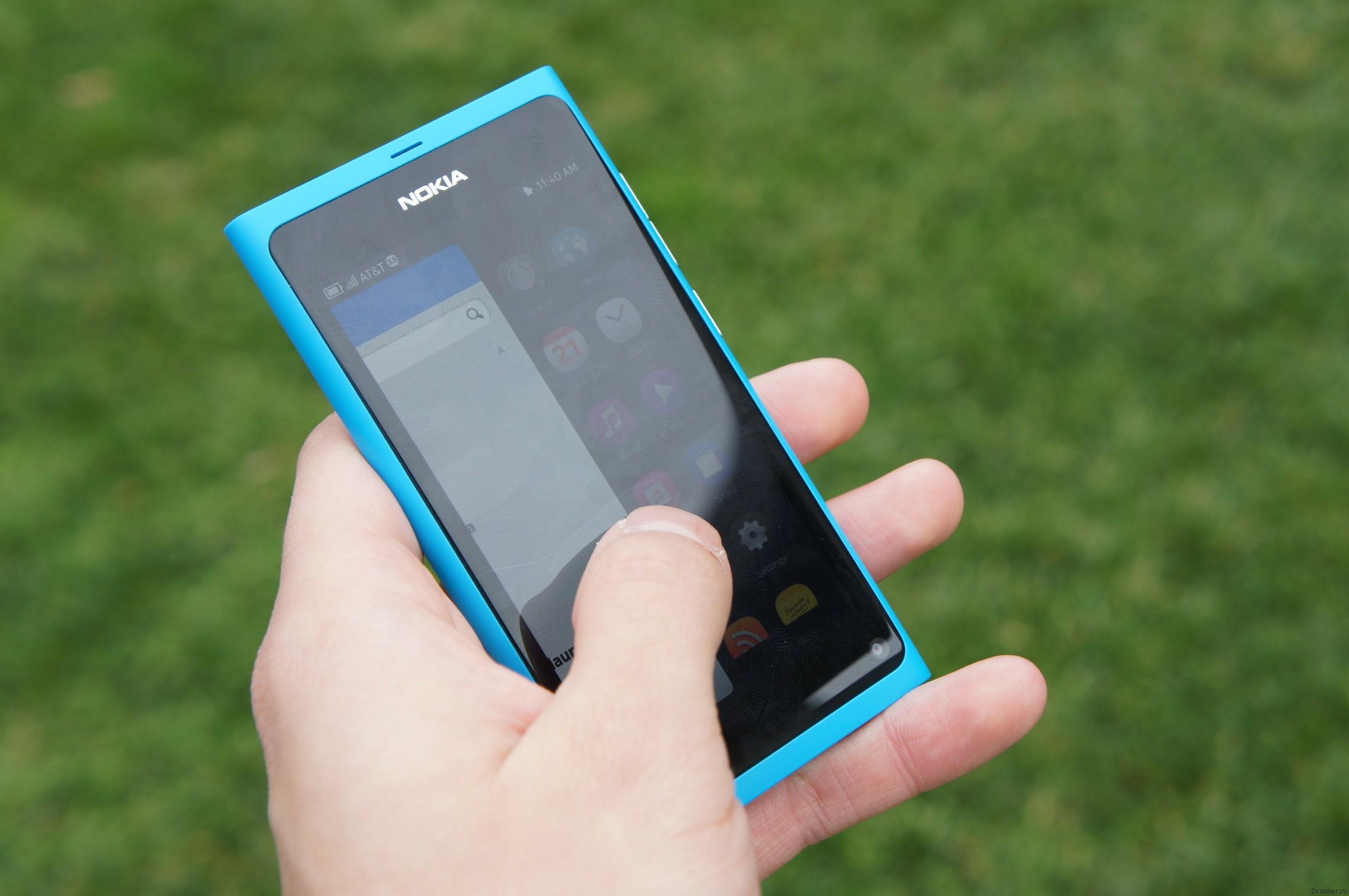 Смартфон N9 от Nokia из 2011 года