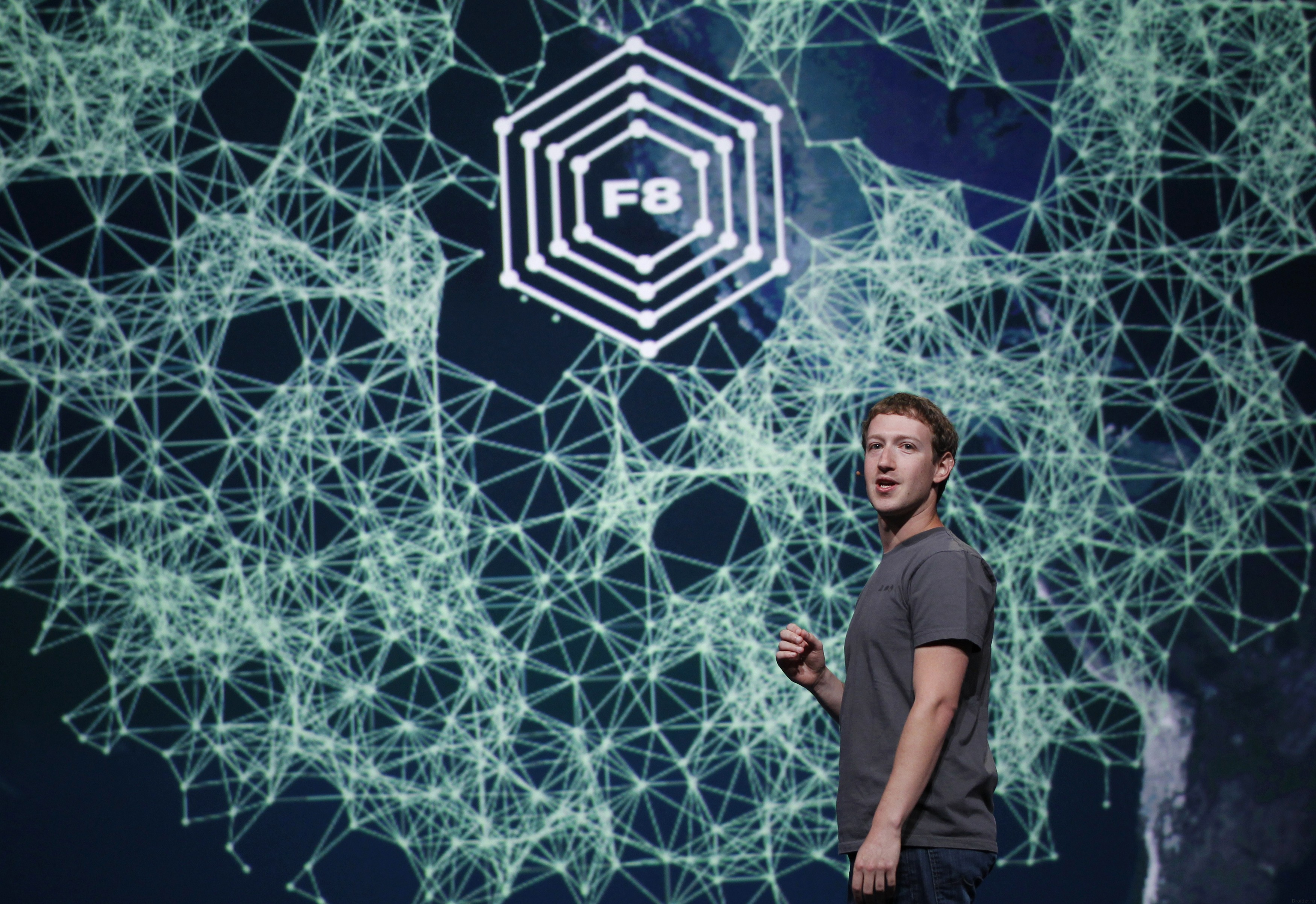 Марк Цукерберг на F8
