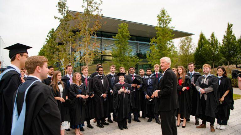 Технологический институт Dyson выпустил первых студентов